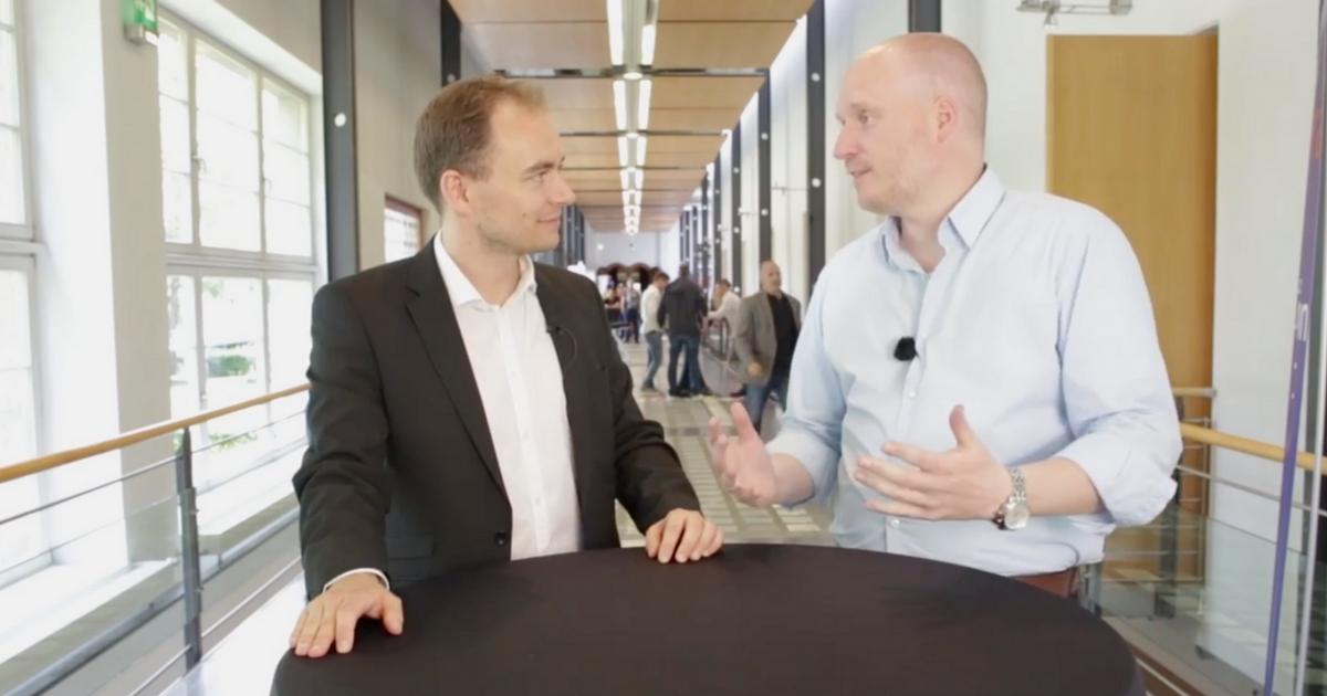 12: Wie Björn Tantau als Sidepreneur startete und jetzt Chatbots für sein Marketing nutzt